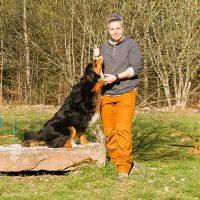 Hundetrainerin Yvonne Haller von der Hundeschule Nouvidog